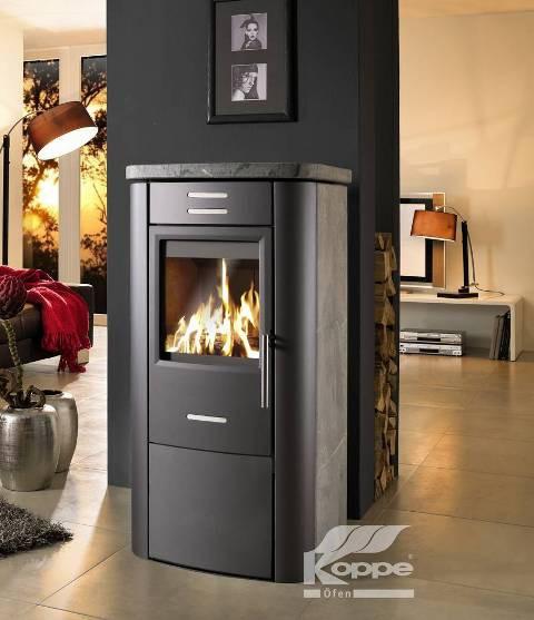 wasserf hrender kaminofen mit starker leistung der kamin und wasserf hrender kamin. Black Bedroom Furniture Sets. Home Design Ideas